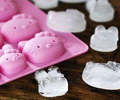 hello-kitty-ice-cube-tray @ashleytoddkloey
