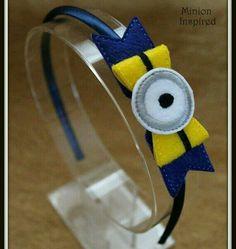 Felt bow - one eyed minion - for headband or hair clip