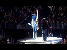 """""""Kiss"""" auf Tournee: Berlin - Funkenpracht schießt aus Gitarrenhälsen   traveLink"""