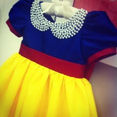 Vestidos temáticos Little Girl Fashion, Little Girl Dresses, Kids Fashion, Girls Dresses, Baby Dress Tutorials, Baby Couture, Costume Collection, Girls Boutique, My Baby Girl
