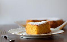 Torta di carote con kefir yogurt - senza burro né uova