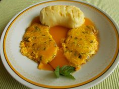 Pork Tenderloin with peach sauce | Sertésbélszín barackszósszal | Piroska Csiki receptje - Cookpad receptek Favorite Recipes, Meals, Chicken, Pork, Meal, Yemek, Cubs, Food, Nutrition