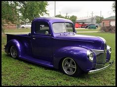 1941 Ford Pickup 302/225 HP...I really like these old pickups!