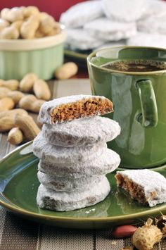 Polvorones de cacahuate Cake Cookies, Sweet Recipes, Cereal, Food And Drink, Pudding, Sweets, Sugar, Traditional, Chocolate