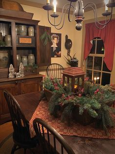 Primitive Christmas Decorating, Prim Christmas, Country Christmas, Winter Christmas, Christmas 2019, Christmas Decorations, Christmas Tables, Holiday Decor, Christmas Ideas