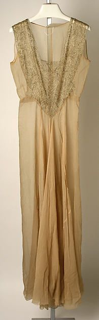 Negligée Designer: Jessie Franklin Turner (American, 1881–ca. 1956) Date: 1939 Culture: American Medium: silk. Front