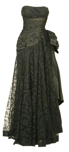 "~Ceil Chapman couture gown~ in my fave colour ""! Vintage Gowns, Vintage Glam, Vintage Beauty, Vintage Outfits, Vintage Style, Fifties Fashion, Retro Fashion, Vintage Fashion, 50s Dresses"