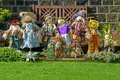 Everything You Need To Know About The Scarecrow Festival | Murski Homestead B&B