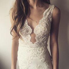 || Solo Merav || Emma and Grace Bridal || Denver Colorado Bridal Shop || #solomerav #bride emmaandgracebridal.com
