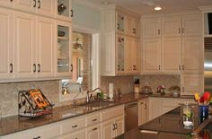 Traditional Kitchen Remodel by DreamMaker Bath & Kitchen.