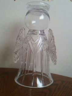 Christmas Yard Decorations, Christmas Crafts, Cut Glass, Glass Art, Crafts To Make, Diy Crafts, Diy Angels, Garden Angels, Angel Crafts