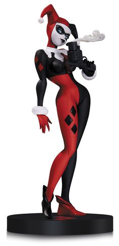 DC+Comics+Designer+statuette+Harley+Quinn+by+Bruce+Timm+DC+Collectibles