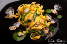 Tagliatelle with Laguna clams and fresh herbs