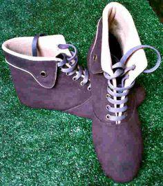 Flat boots coklat harga Rp 75.000