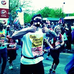#LondonMarathon in an airmask #teamcf @LondonMarathon @cftrustuk #lifeunlimited @cftrust #cysticfibrosis Cystic Fibrosis Trust London England #oneinamillion #cftrust @cysfib #beatcf cfwarriors #cysticfibrosistrust #cysfib #cysticfibrosis #cftrust