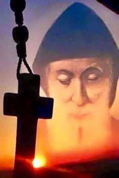 Neuvaine à St Charbel-Se mettre au service de son prochain (2017)!!! 763db062253c7eb284667235ebc0cbf0--catholic-art-catholic-saints