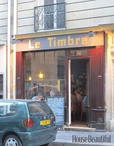 Le Timbre is a très tiny, très charming restaurant near the Luxembourg Gardens in Paris