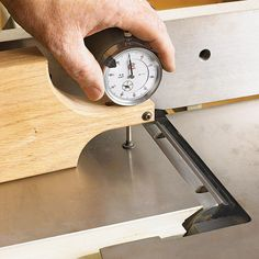 Zero-In perfection: Jig For Adjusting Jointer Knives Woodworking Plan from WOOD Magazine