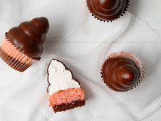 Neapolitan Hi-Hat Cupcakes!