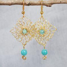 Handmade wire crochet earrings.Gold wire earrings.Dangle crochet gold wire…
