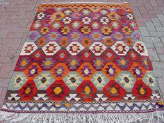 """VINTAGE Turkish Kilim, Area Rug Carpet, Handwoven Kilim Rug,Antique Kilim Rug,Decorative Kilim, Natural Wool  49,2"""" X 69,2"""""""