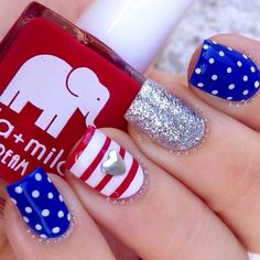of July Nails! The Very Best Red, White and Blue Nails to Inspire You This Holiday! Fourth of July Nails and Patriotic Nails for your Fingers and Toes! Flag Nails, Patriotic Nails, Get Nails, Fancy Nails, Sparkly Nails, Uñas Diy, Nail Design Spring, Simple Nail Designs, Holiday Nails