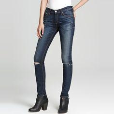 Rank & Style Top Ten Lists | Rag & Bone/Jean The Ripped Skinny Jeans #rankandstyle