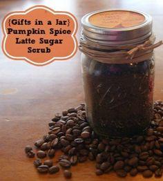 {Gifts in a Jar} Pumpkin Spice Latte Sugar Scrub (handmade christmas presents sugar scrubs)