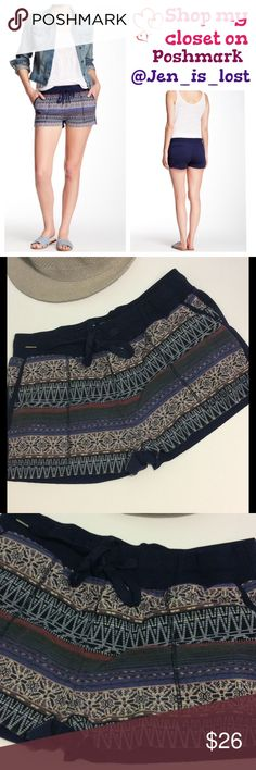 """🚨🚚 Moving Sale 🚚🚨 Price Firm Navy Shorts Small Drawstring waist with elastic.  Waist measures 14 1/2"""" laying flat. Inseam is 1 1/2"""".  Patterned front and navy back.  Back pockets. 🚫 TRADES 🚫 ✅ Reasonable Offers Are Considered.✅ Use the blue offer button. Shorts"""
