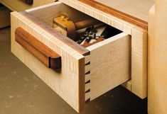 Craftsmans-workbench-woodworking-plans-02.jpg (430?295)