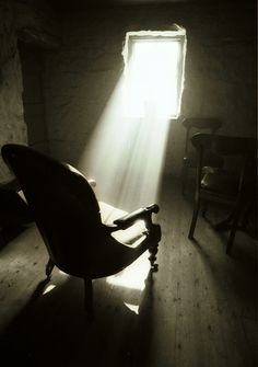 The empty chair. The Empty Chair, Light Rays, Empty Spaces, Nostalgia, Morning Light, Abandoned Places, Windows And Doors, White Photography, How To Fall Asleep