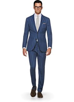 Suitsupply Suits: Soft-shoulders, great construction with a slim fit—our tailored, washed and formal suits are ideal for any situation. Mid Blue Suit, Suit Fashion, Mens Fashion, Suit Supply, Slim Fit Jackets, Linen Suit, Suit Shirts, Formal Suits, Suit And Tie