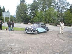 Jaguar von Martin Braxenthaler bei der Pressekonferenz zum Roßfeldrennen.