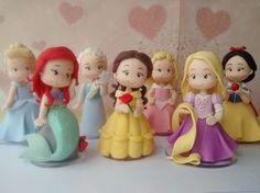 Princesa Disney confeccionada em biscuit  Peça com aproximadamente 12 cm de altura  *o valor corresponde a cada peça