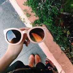 Vanessa Chen: Womens Designer Round Oversize Retro Fashion Sunglasses 8623