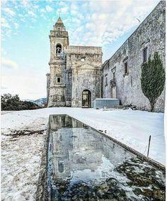 Abbazia di Santa Maria del Bosco di Calatamauro , Contessa Entellina    (Palermo) #winterinsicily #snow #visitsicily.info