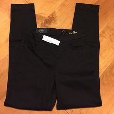 J Crew Dannie Pants Black 0p New with tags. J. Crew Pants Skinny