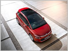 Saint-Gobain Sekurit is the exclusive supplier of the standard panoramic windshield, glass roof and side windows of the latest Citroën compact MPV. Picasso Images, Citroen C4 Picasso, Automobile, Car Magazine, Auto News, Citroen Ds, Glass Roof, Top Cars, Future Car