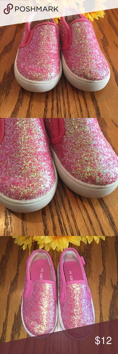 Carter's girls pink glitter shoes. Size 8 Excellent condition Carter's girls pink glitter shoes. Size 8 Carter's Shoes