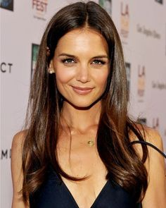 Katie Holmes' hair is super-long, but looks super-healthy. #hair #long #haircut