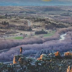 What inspires you to travel? Alexandra in Central Otago, New Zealand is an underrated spot with a lot of stunning scenery!