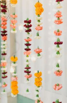 Indian inspired wedding decorations - carnations - perfect for a mandap! Flower Backdrop, Flower Garlands, Flower Decorations, Hanging Flowers, Flower Wall, Floral Garland, Flower Garland Wedding, Flower Curtain, Hanging Garland