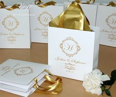 30 Wedding welcome Bags for wedding guests with Gold satin ribbon, your monogram and names - Elegant Personalized Wedding gifts and favors