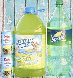 (Just 3 Ingredients) (DIY Thrill) Easy Lemon Lime Punch Recipe! Lemon Punch Recipe, Hawaiian Punch Recipes, Green Punch Recipes, Punch Recipe For A Crowd, Easy Punch Recipes, Green Shower Ideas, Pinapple Juice, Frozen Lemonade