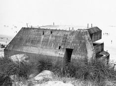 Bunkers by Paul Virilio | Ananas à Miami