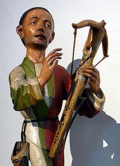 Crossbowman executing Saint Sebastian. Detail of a figure from the Upper Rhine, around 1480; linden wood, Bayerisches Nationalmuseum, München