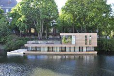 Wasserseite - Hausboot auf dem Eilbekkanal