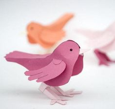 3D Paper Bird Free Printable | This paper bird is a free printable you don't want to miss. Easy kid's craft, too!