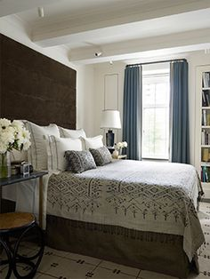 15 Grey Bedrooms With Stylish Design - Gray Bedroom Ideas Gray Bedroom, Home Bedroom, Master Bedroom, Bedroom Decor, Bedroom Ideas, Bedroom Inspiration, Best Interior, Interior Design, Stylish Interior