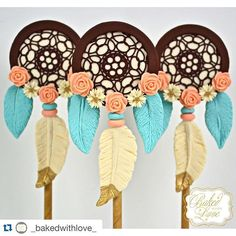 #mulpix Stunning dream catcher cake pops by the truly amazing @_bakedwithlove…